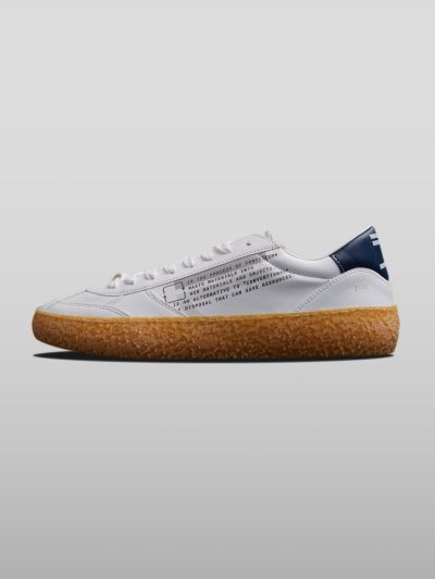 Grey Vegan Ecofriendly Sneakers Cruelty-free shoes made with recycled and organic materials.Made in Italy handcrafted by expert artisans.